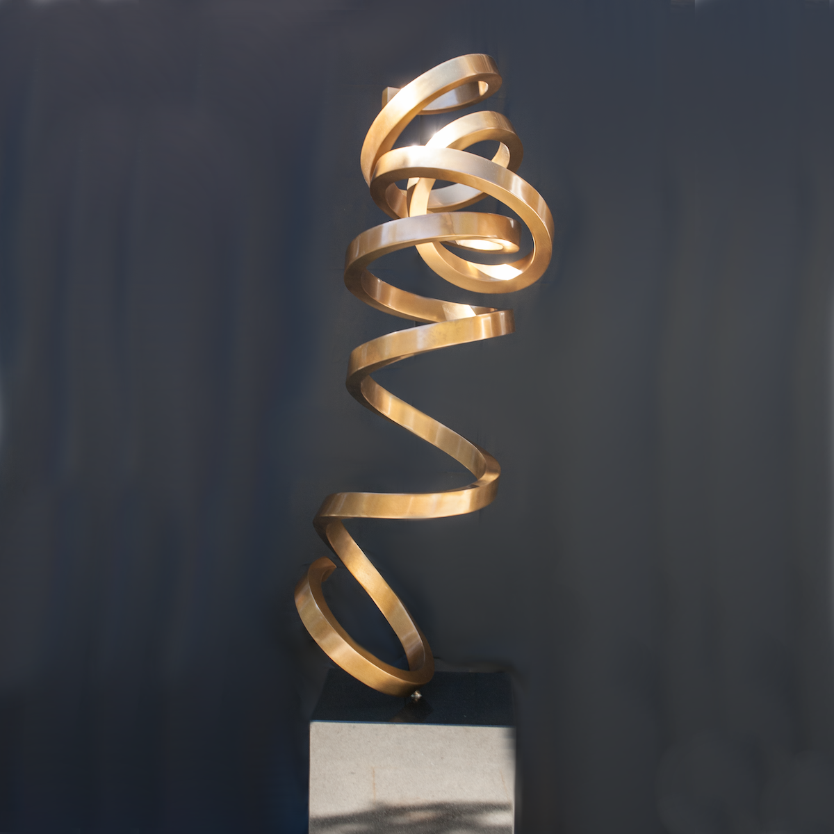 Golden-Tendril-03.png